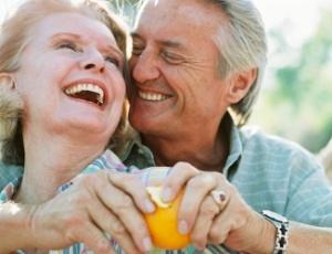 Amar, é ser feliz e fazer feliz, independente da idade.