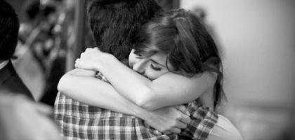 Amar, é ter saudade, para poder supri-la com o reencontro.